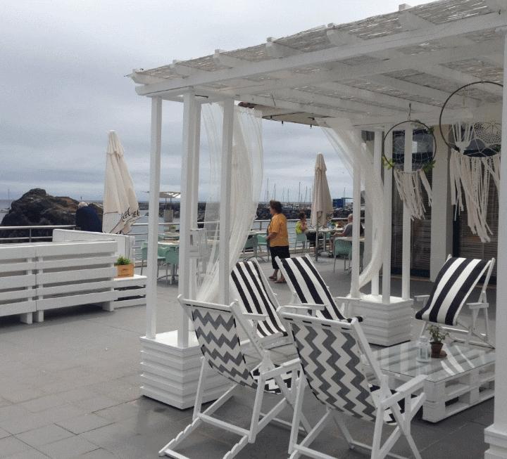 Praia Café Restaurant